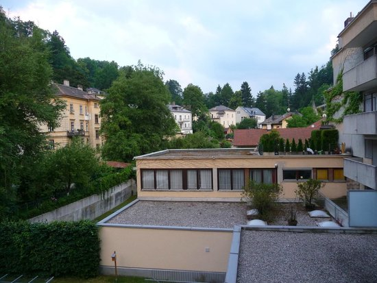 Star Inn Hotel Salzburg Zentrum, by Comfort: back view from the hotel
