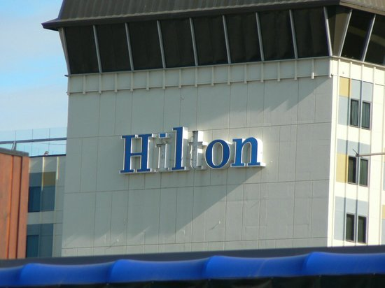 Hilton Anchorage : Hotel is like its sign -- several letters out