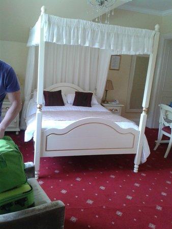 Branston Hall Hotel: Bed