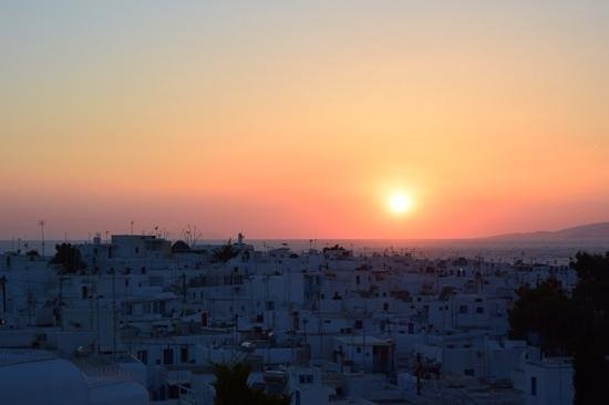 Belvedere Hotel Mykonos : sunset from pool deck