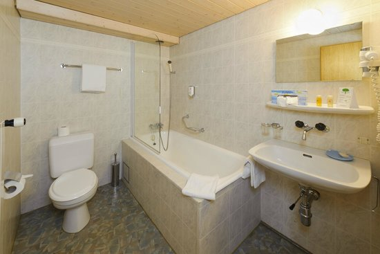 Hotel-Restaurant Walliserhof : Bathroom Classic