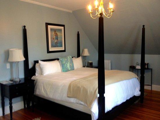 Newport Blues Inn: New Orleans Bedroom