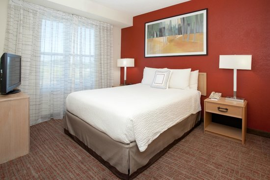 Residence Inn Salt Lake City Airport: Two Bedroom Suite - Bedroom