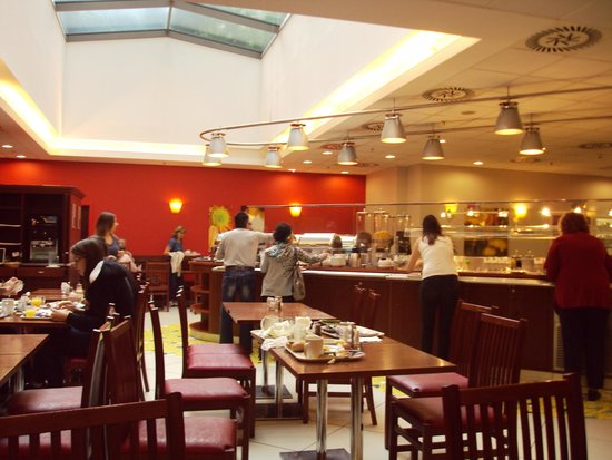 Ibis Praha Old Town: Restaurante