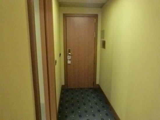 TRYP Coruna Hotel : Entrada y Salida.