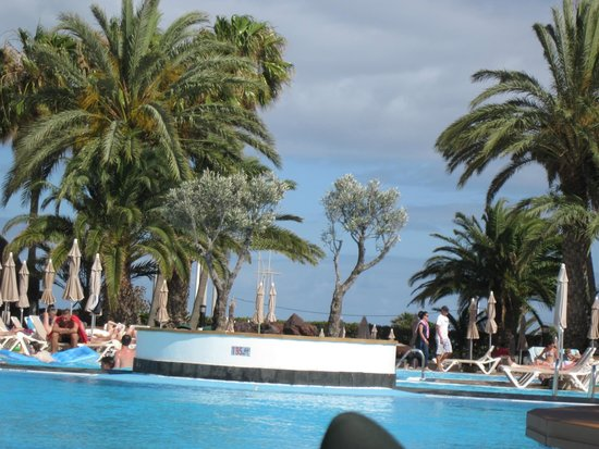 ClubHotel Riu Paraiso Lanzarote Resort: pool nearest our room