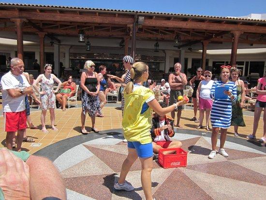ClubHotel Riu Paraiso Lanzarote Resort: cocktail games