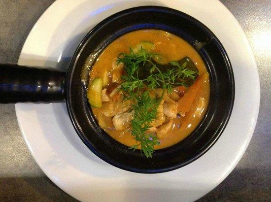 Majestic Orchid : poulet au curry thai
