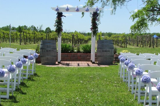 Thousand Islands Winery Wedding Venue