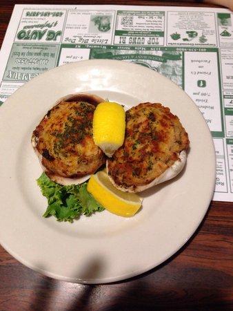Boucher's Wood River Inn : 2 Stuffies - (clams)