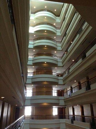 PARKROYAL Saigon: Hotel por dentro, muito bonito