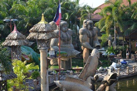 Isdaan Village : Центральная часть