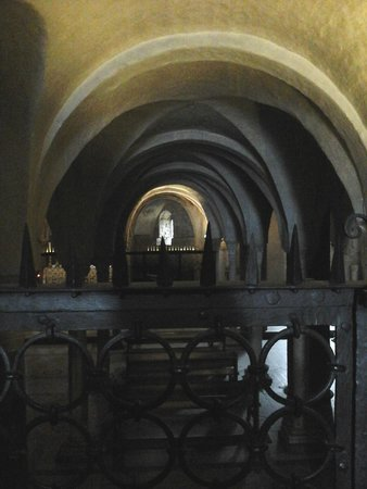 Basilica San Miniato al Monte: в Церкви