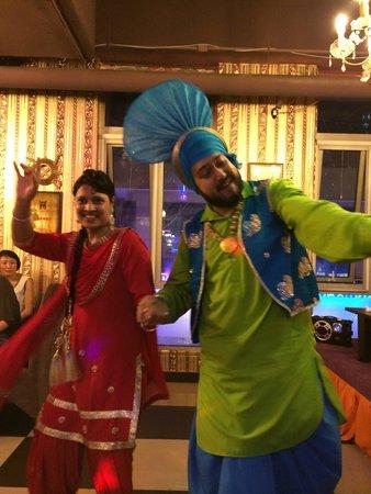 Mo Di Taj Mahal Indian Restaurant Bollywood Dancers
