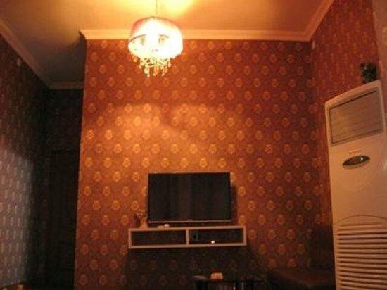 Xitang Yuehezhuang Boutique Hostel : Inside the room