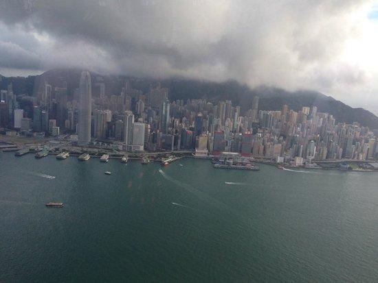 The Ritz-Carlton, Hong Kong : вид из лаунж-бара