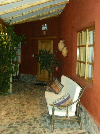 Villa Urubamba Sacred Valley: Outside of a room