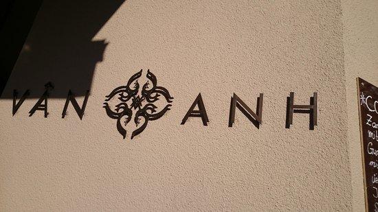 Van Ahn