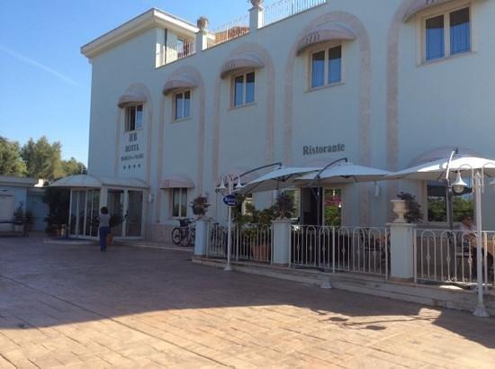 Hotel Borgo del Mare: Hotel frontage