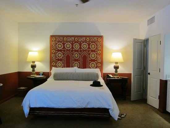 Colony Palms Hotel : Our room
