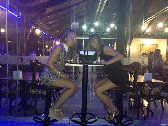Telmessos Hotel: Having a drink