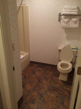 Cedar Hill Lodge: Clean.