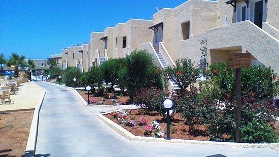 SENTIDO Vasia Resort & Spa : vue des logements
