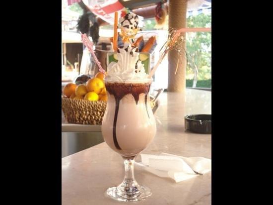 Orka Club Hotel & Villas : yummy chocolate milkshake