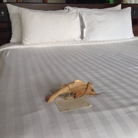 The Vijitt Resort Phuket: Bed sheet is nice and comfortable.