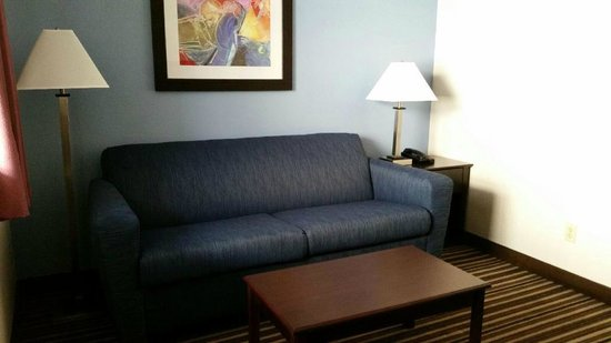 Days Inn & Suites Round Rock: Room