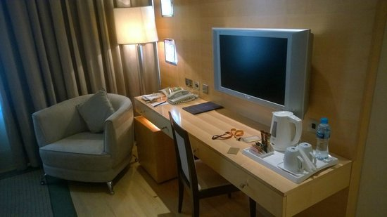 Le Royal Tower Hotel: Standard King
