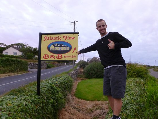 Atlantic View Bed and Breakfast: Thumbs UP!