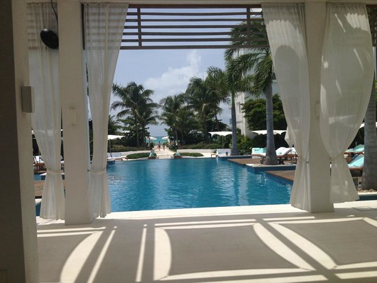 Gansevoort Turks + Caicos: View when you walk into checkin