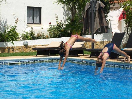 Casa da Horta : Amplia piscina