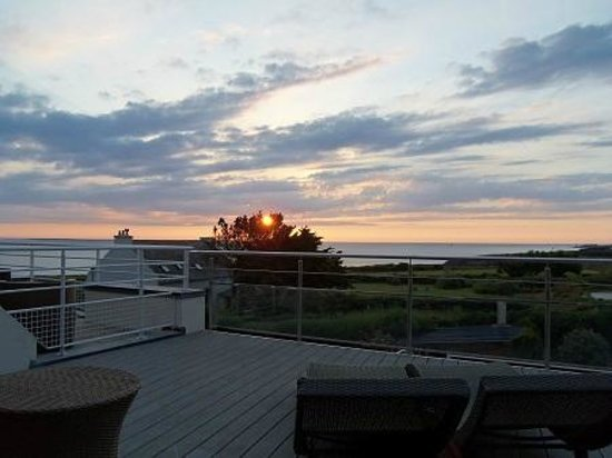 Hostellerie de la Pointe Saint-Mathieu: Sunset from our terrace
