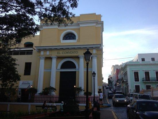 Front of Hotel El Convento