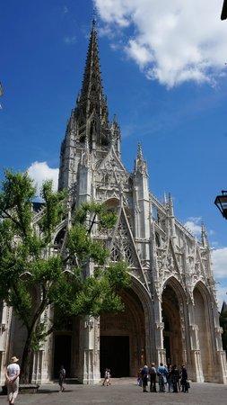 Église Saint-Maclou : Лёгкость и красота!