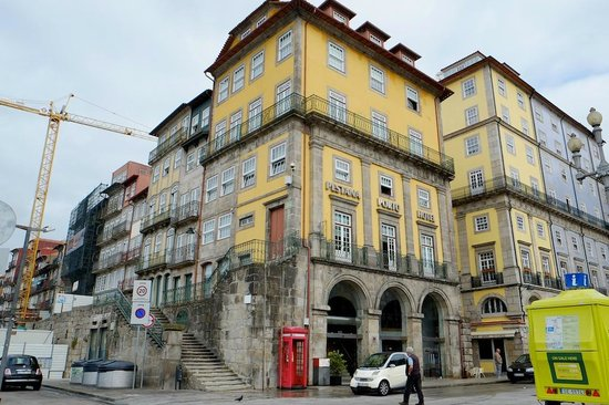 Pestana Vintage Porto: facade of the hotel