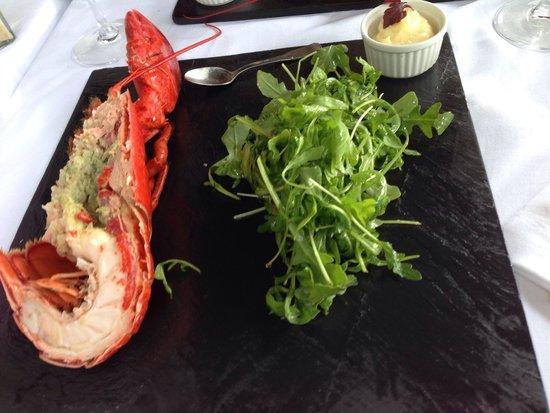 Chez Pierre : Demi homard belle vue... Un régal !!!