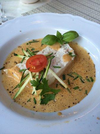 L'Auberge du Castellas : Fish mousse appetizer