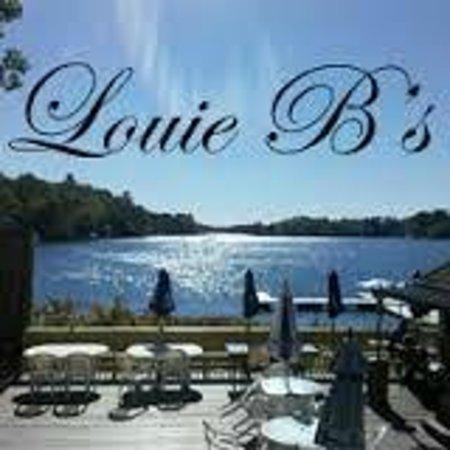 Louie B's Restaurant : Outside