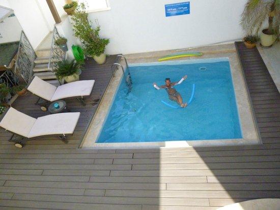7Art Feslegen Hotel: piscine
