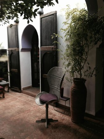 Riad Houdou: antique doors and eclectic furniture