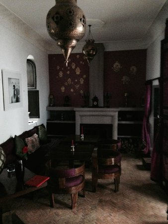 Riad Houdou: one of the lounge areas