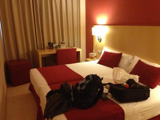 Sercotel Portales Hotel: habitacion