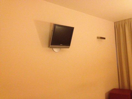 Sercotel Portales Hotel: TV