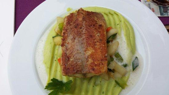 Seebad Ahlbeck, Jerman: Hechtfilet mit Kartoffelbärlauchpüree