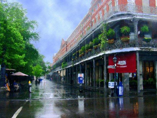 Royal Street: Jackson Squeare