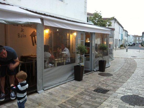 La cabine de bain : Location is great, just by a pedestrian street.