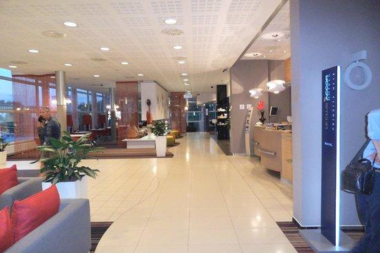 Novotel Budapest City Hotel: Hall